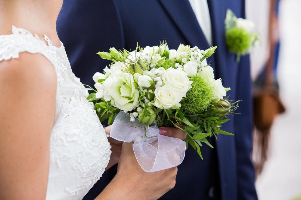 PAR IZ TREBINJA SRUŠIO SVE REKORDE: Venčali se u subotu, razveli u sredu!