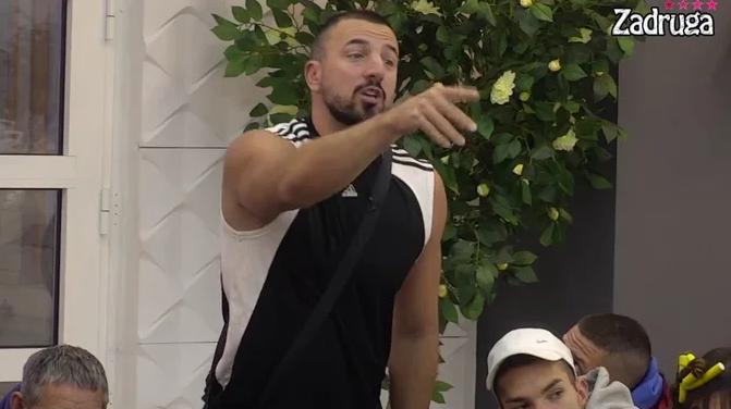 """""""Pitaj TVOG DRUGA kako je prošao!"""" Tomović PRETIO Tomi PRIVATNIM SNIMKOM! Nastala OPŠTA POMETNJA! (VIDEO)"""