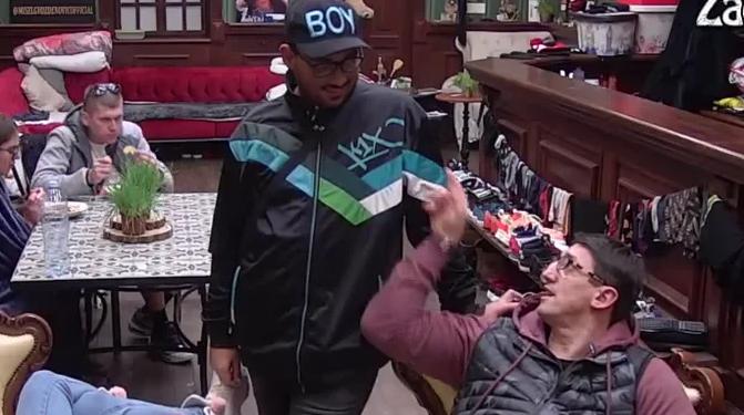 OD KRISTIJANA OVO NIKO NIJE OČEKIVAO! Golubović dao Neci novac, pa mu postavio ŠOK uslov za sledeći put! A onda mu je Lazić prepričao svoj prvi poljubac (VIDEO)