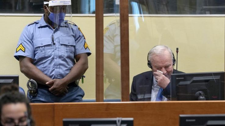 Mladić zaplakao u sudnici FOTO: AFP